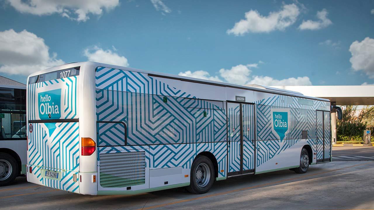 bus grande hello olbia