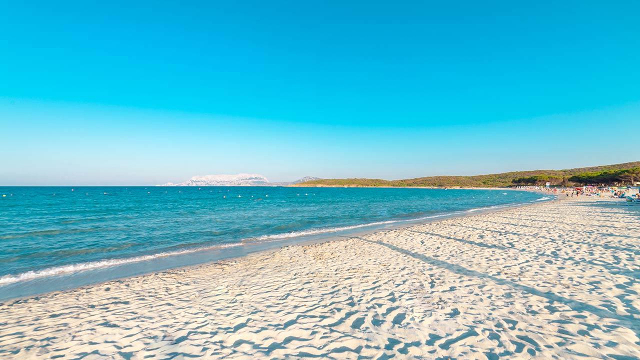 spiaggia di pittulongu hello olbia